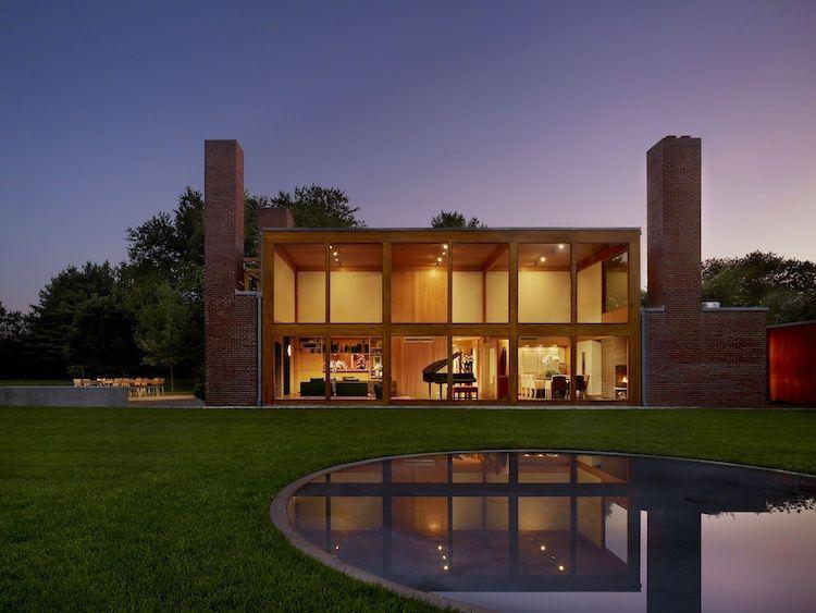 Home with a glass facade in Pennsylvania