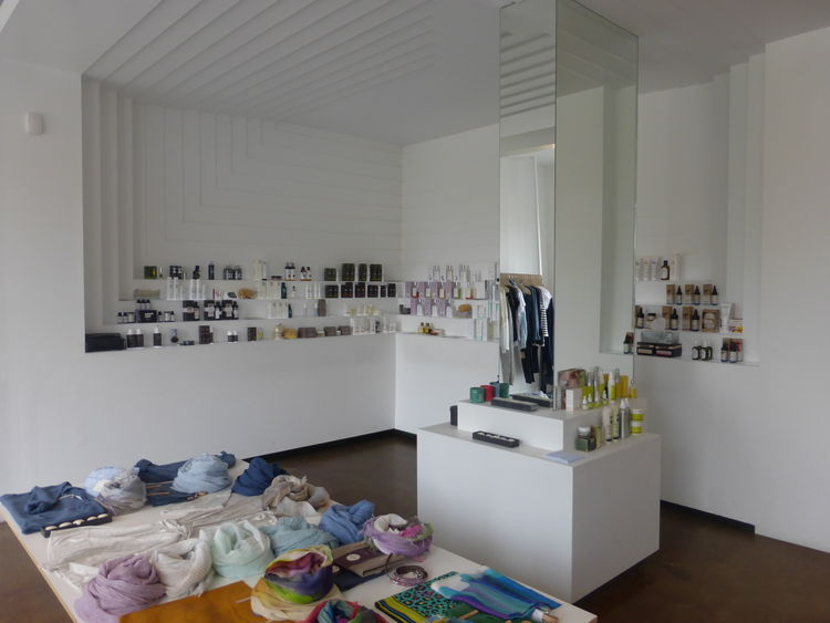Article 27 concept shop interior.