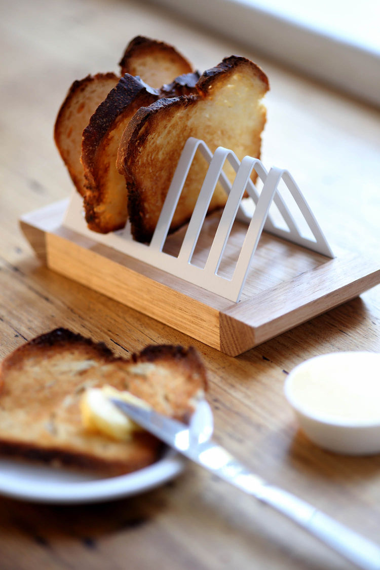 White metal toast rack