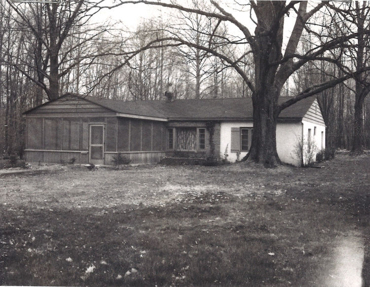 The Harbert Cottage before renonvation