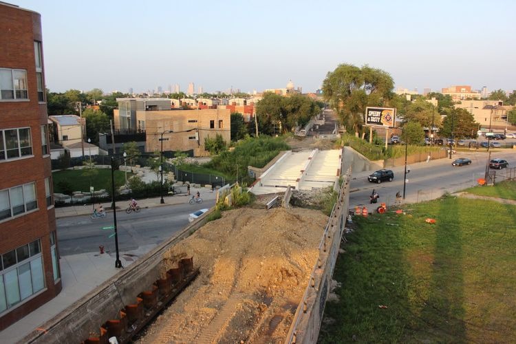 606 elevated park in Chicago featuring a stretch of the Bloomingdale Trail