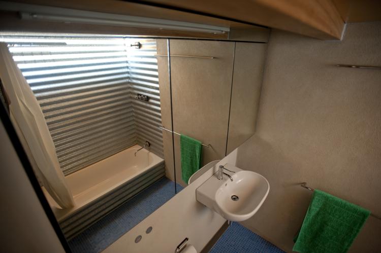 Bathroom of the Tamarama renovation