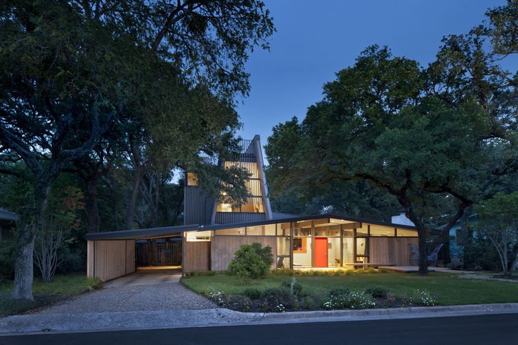 Midcentury home in Austin with second-story addition