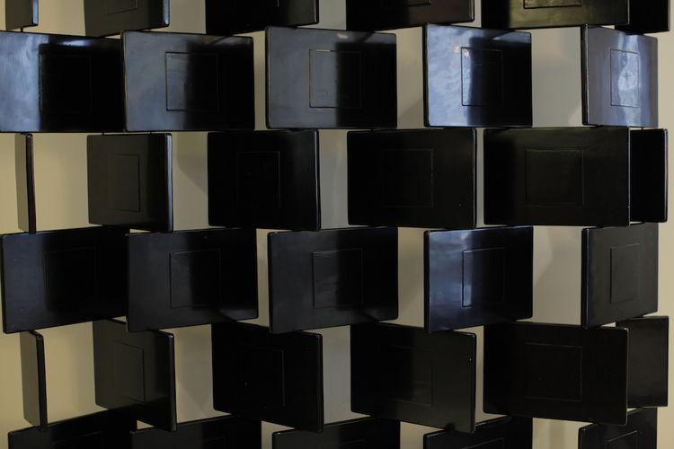 Paravent Briques by Eileen Gray