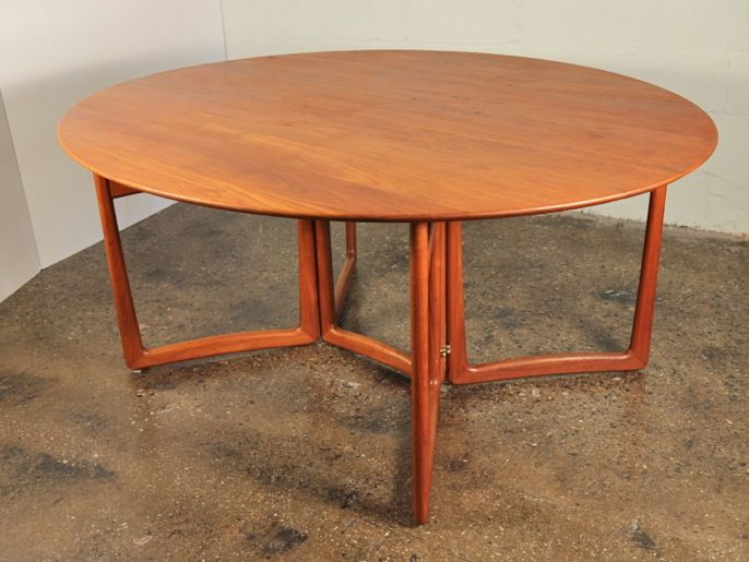 1960s Danish Peter Hvidt drop leaf dining table in teak