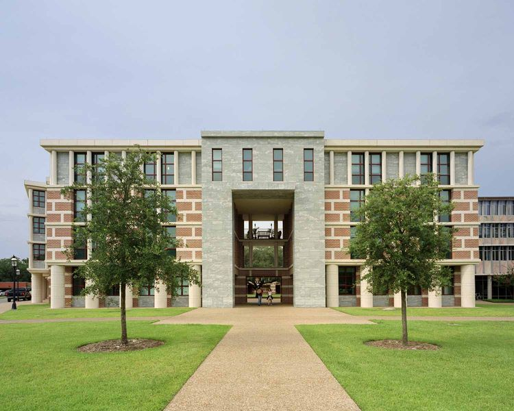 Martel College, Rice University (Houston, Texas) by Michael Graves