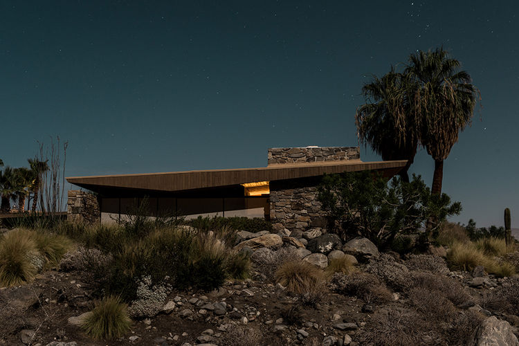 Midcentury modern house in Palm Springs