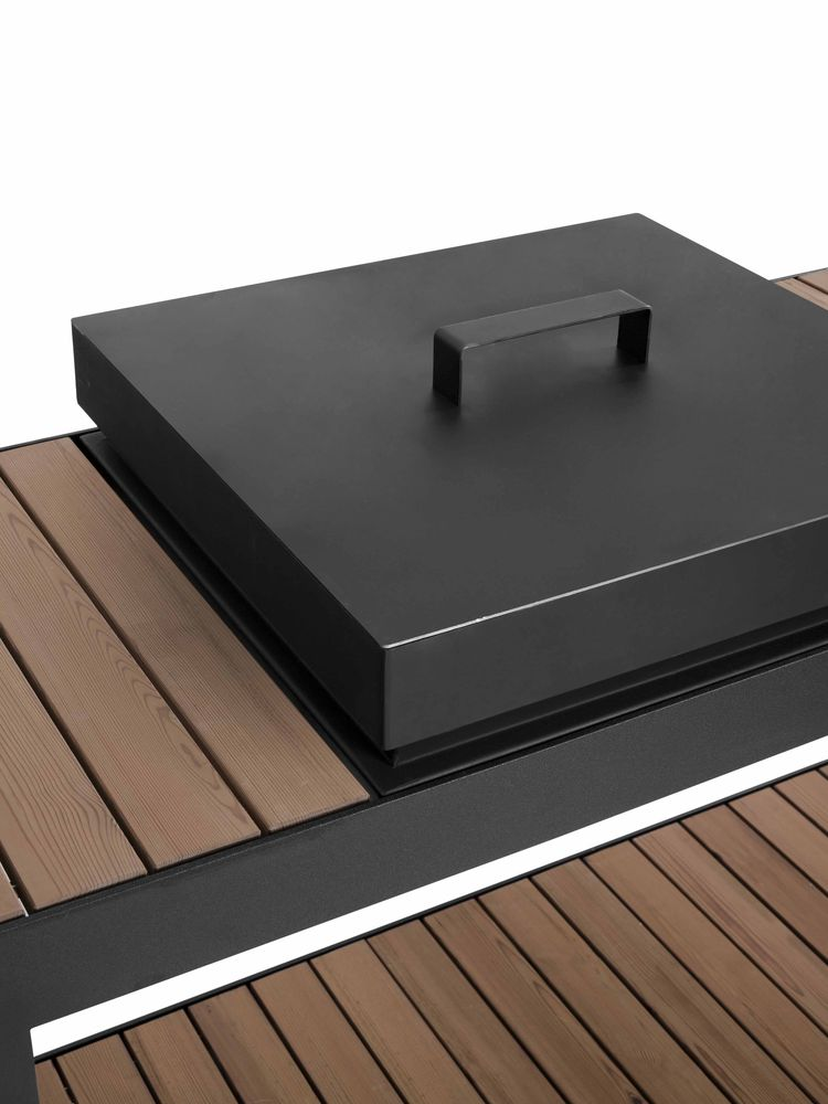The Ulaelu modular outdoor cooking platform.