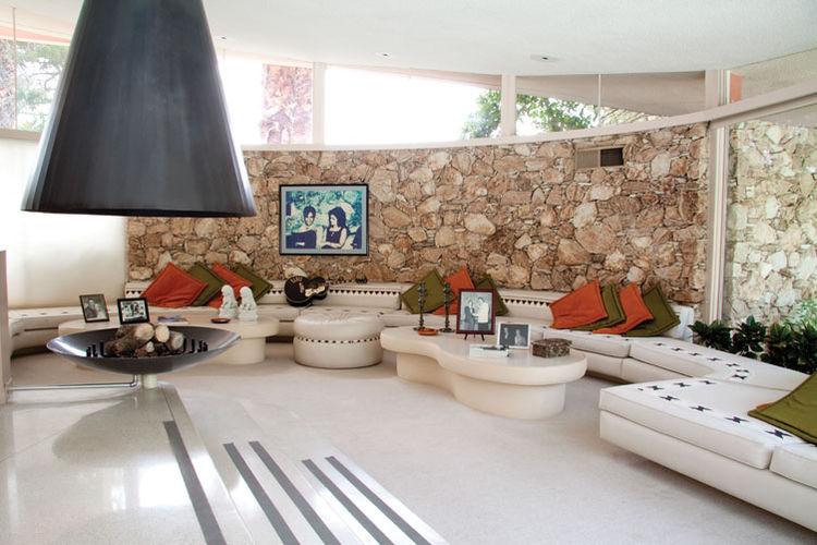 Robert Alexander Dwell Homes Elvis