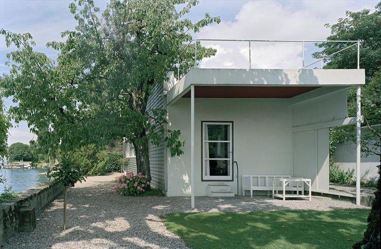 Villa le Lac by Le Corbusier in Switzerland