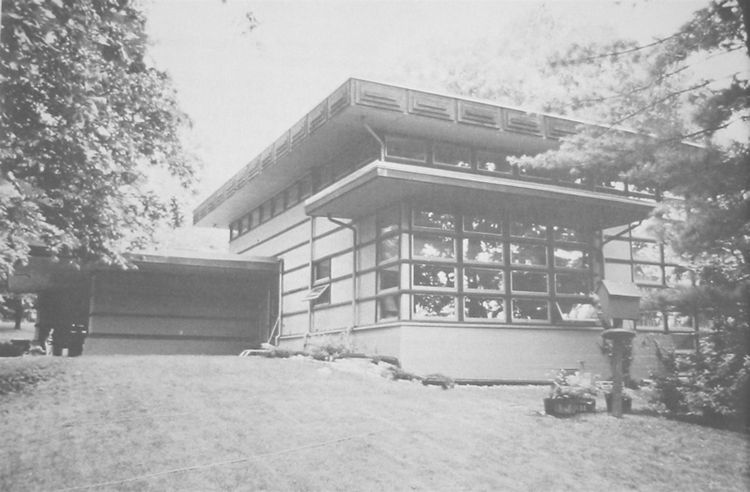Prefab James McBean residence in Wisconsin by Frank Lloyd Wright