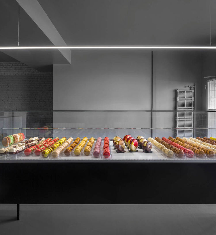 A modern pastry shop in Montreal