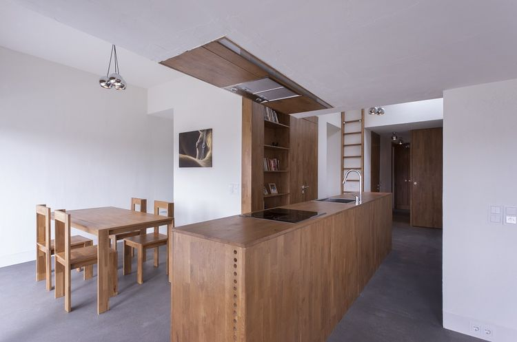 Under the Attic Renovation in Bucharest by Atelier Andreas Heierle