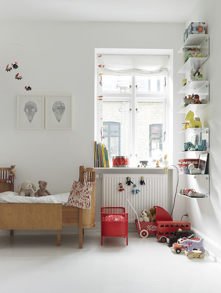 Children's Room in Monochromatic Copenhagen Townhouse