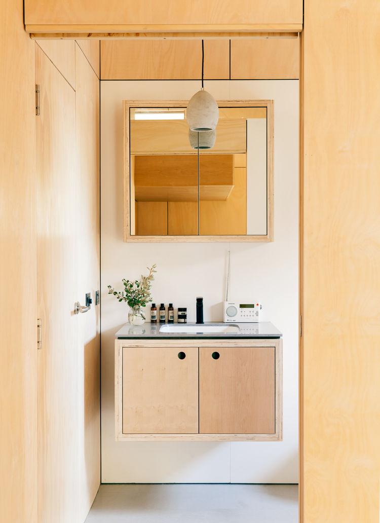 Carbon-positive prefab house bathroom