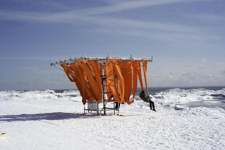 Winter Stations Sling Swing on Lake Ontario