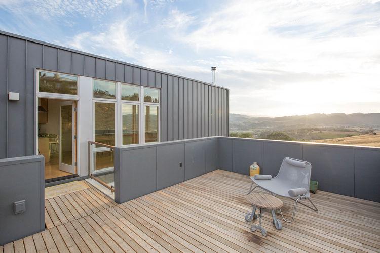 Cloverdale Prefab Home Upper Level Deck