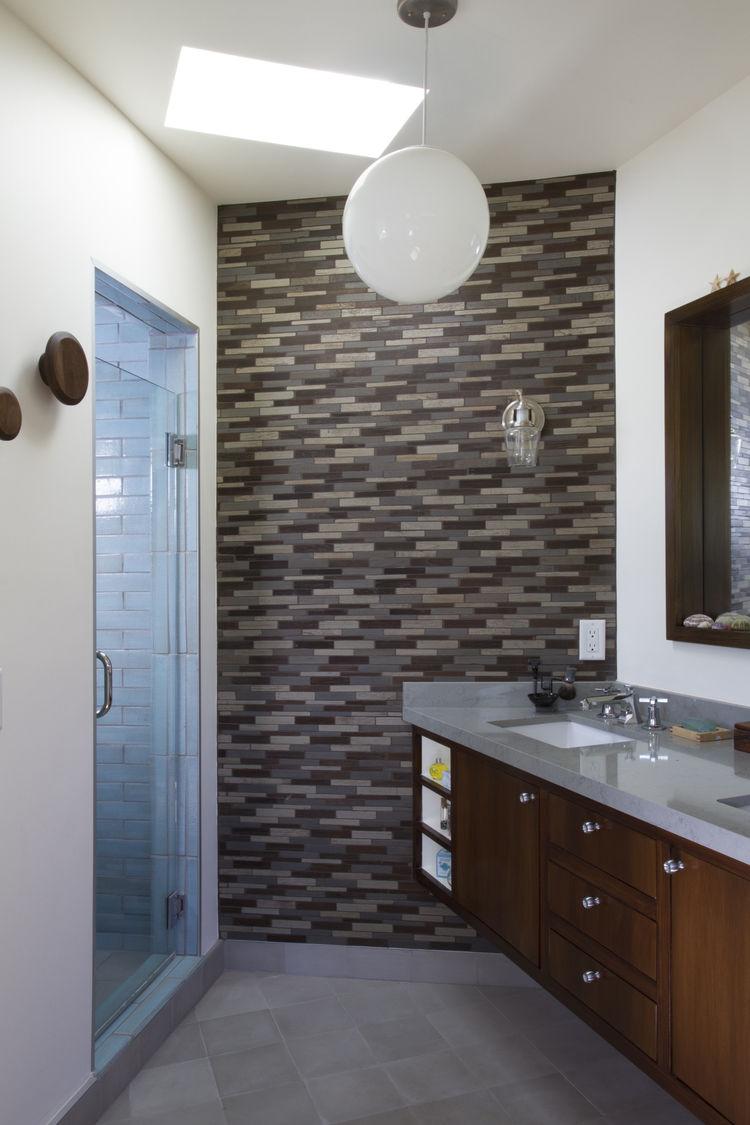 Vidal Renovation Bathroom Entrance