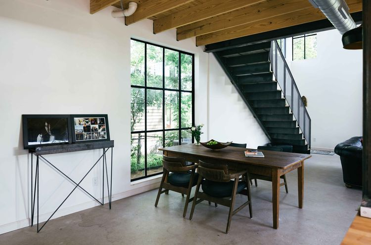 Austin house with dining table under the stairs