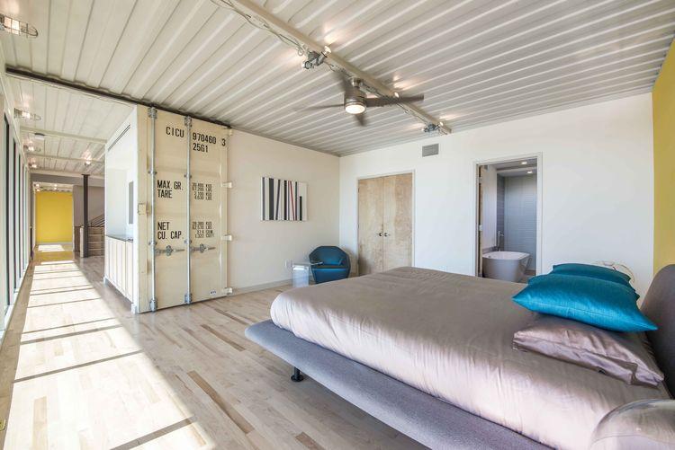 PV14 Dallas House Master Bedroom