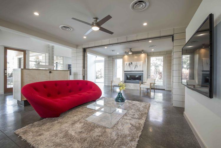 PV14 Dallas House open plan