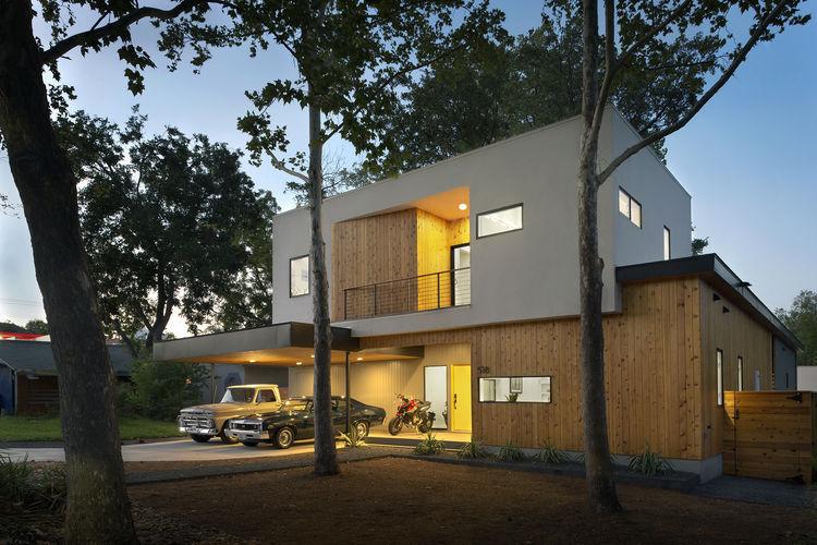Austin Tree House Exterior Facade