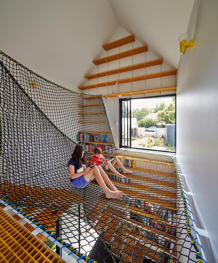 Rope hammock loft for kids