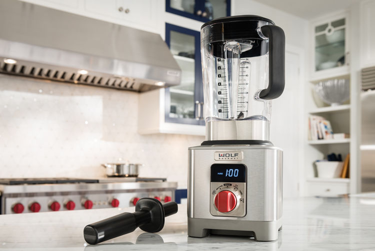 Wolf Gourmet blender offers pre-programmed settings with infinite speed control and quiet design.
