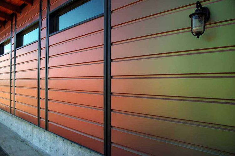 Kameleon house California exterior.