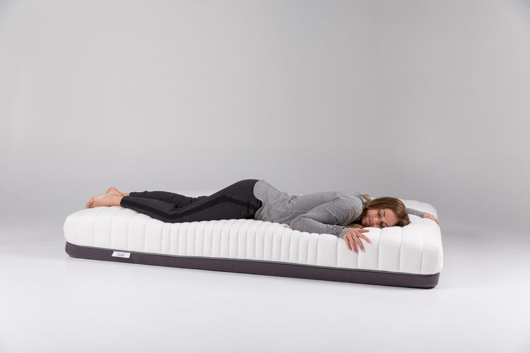 The complete Luxi mattress.