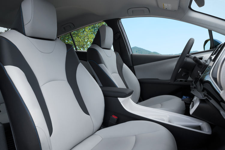 The 2016 Toyota Prius' redesigned interior.