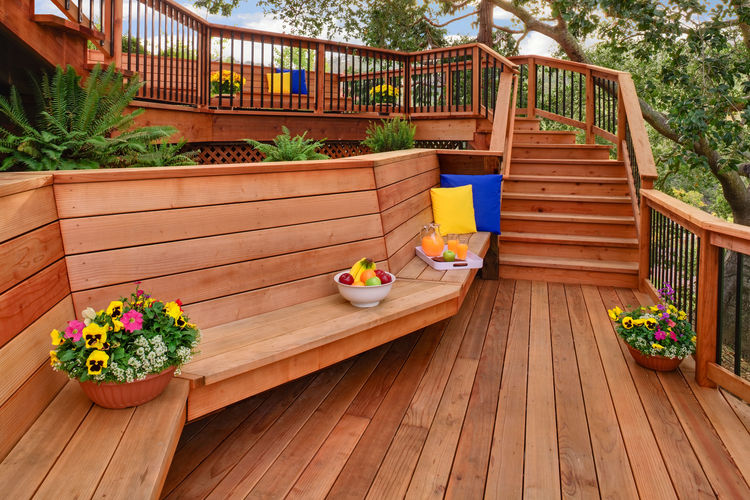 A redwood deck with built-in benches