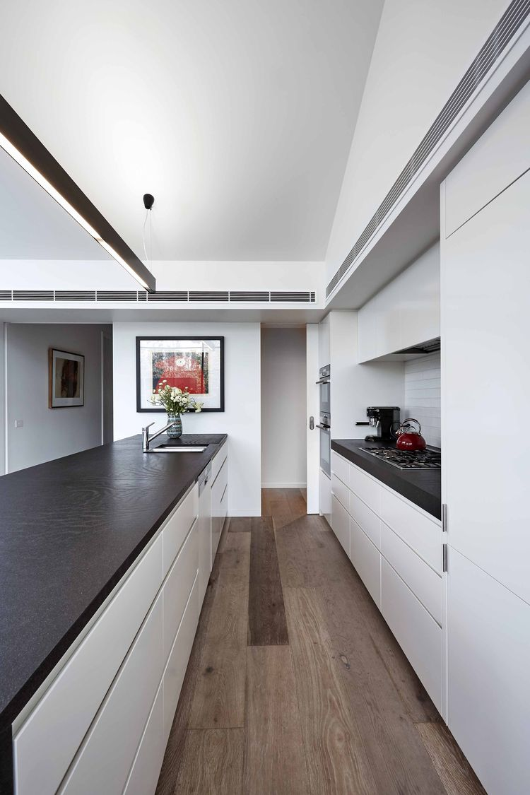 Streamlined kitchen in the suburbs of Melbourne