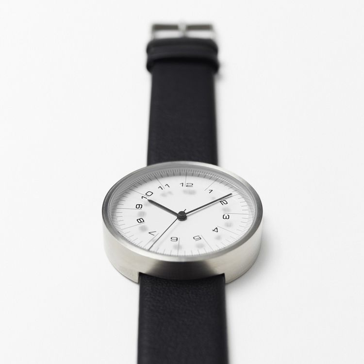 Simple wristwatch inspired by professional drafting