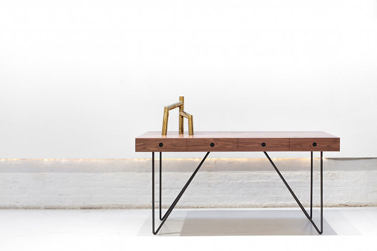 Arthur Casas Quilombo desk