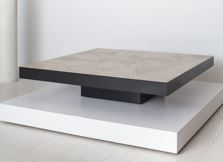Tiles coffee table by Arthur Casas