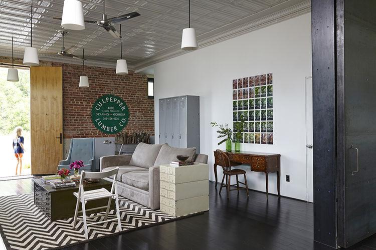 moden auburn bragg house living room