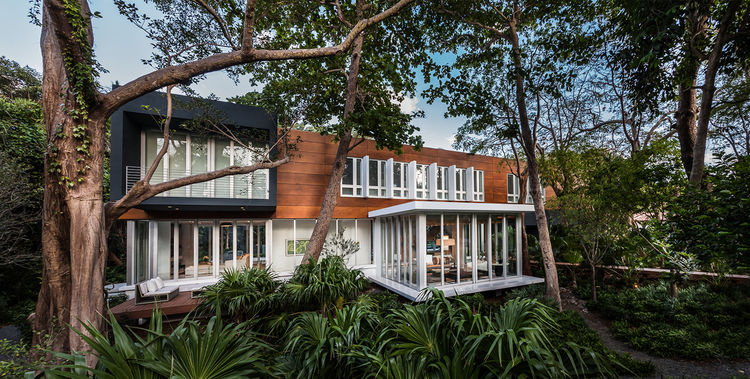 Modern home in Camp Biscayne, Florida