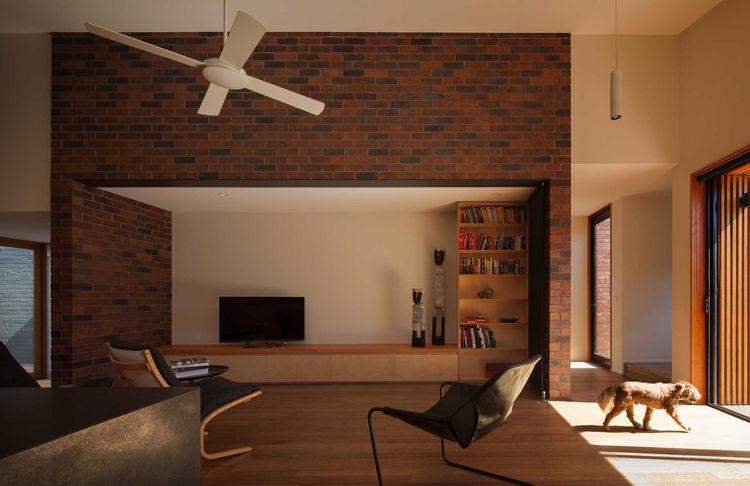Bridge House 2 living room.