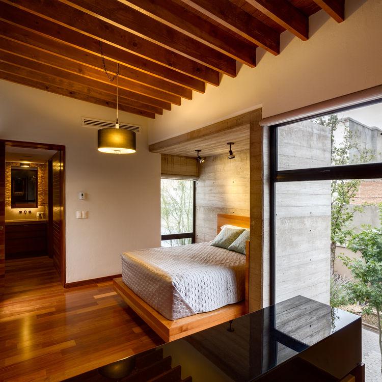Calle Segunda master bedroom