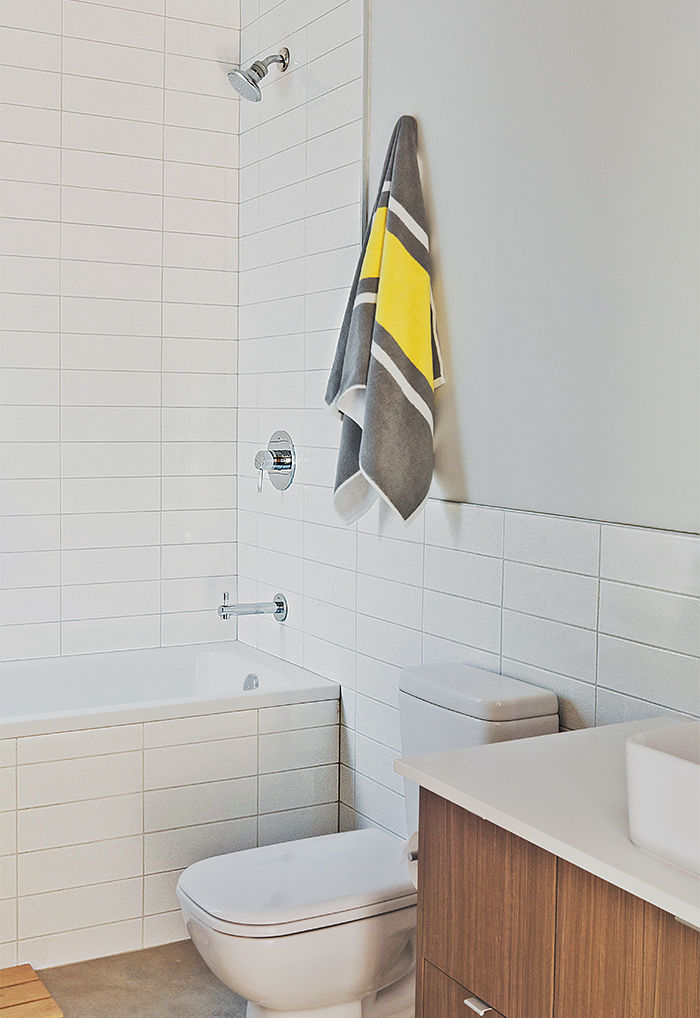 Modern multifamily home in Seattle with duravit fixtures in the bathroom