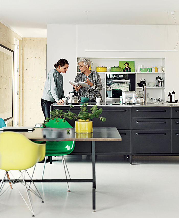 Black Vipp kitchen in a Copenhagen floating home