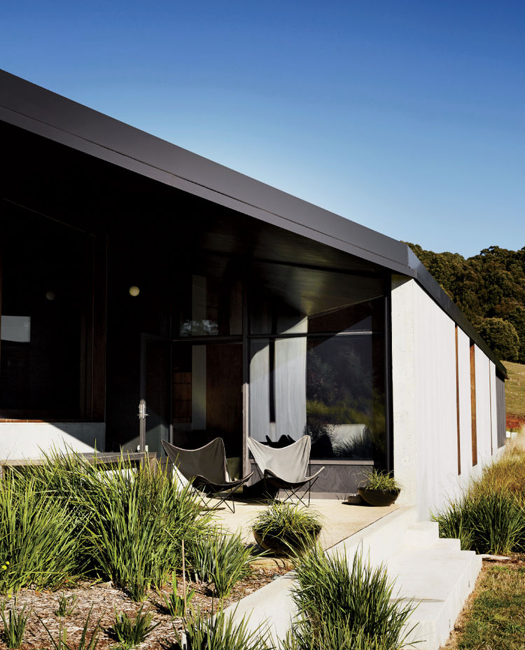 Exterior of Australian house designed by Kerstin Thompson Architects.
