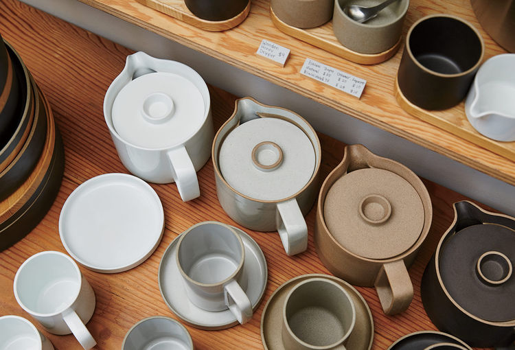Hasami porcelain pieces designed by Taku Shinomoto