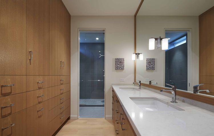 Doblin House addition bathroom