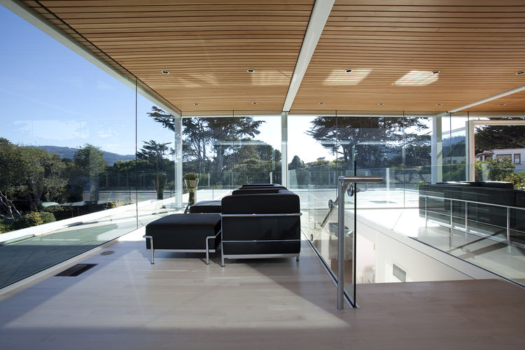 Douglas fir ceiling in glass pavilion of Paley House by DYAR Architects and John Thodos in Carmel, California