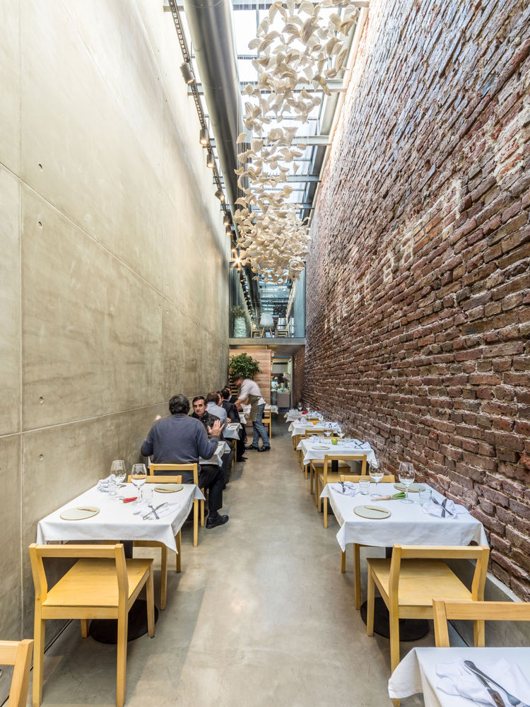 Narrow restaurant with a glass ceiling