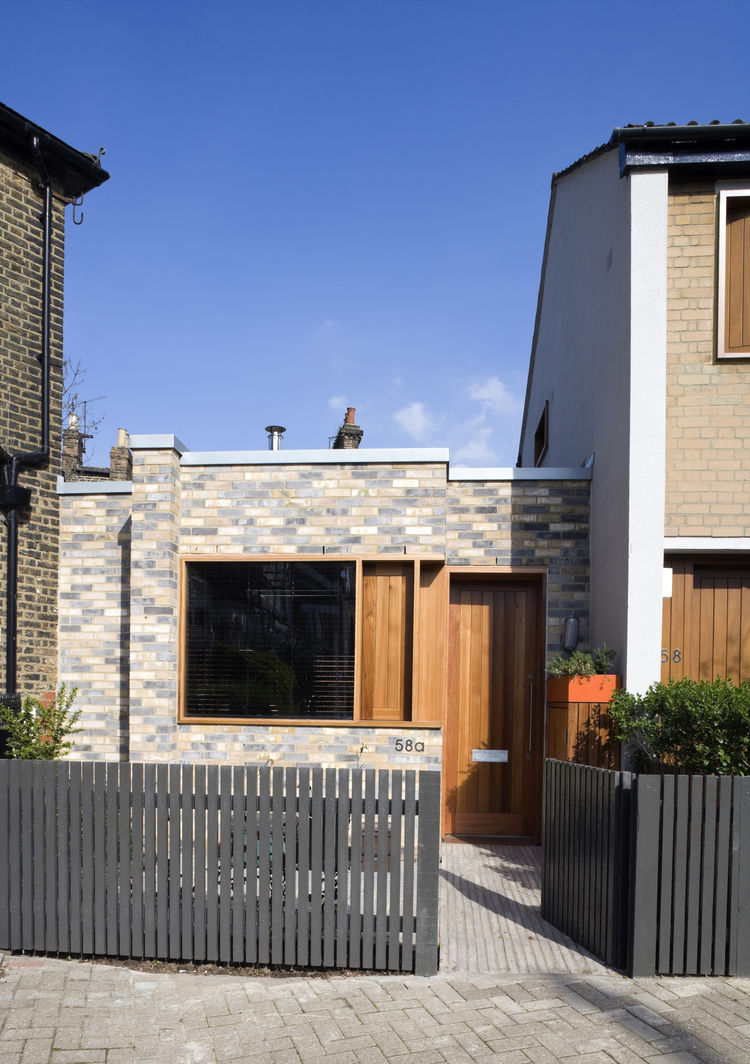 900 square-foot compact London home.