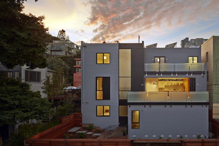 Facade of San Francisco remodel by Studio Vara.