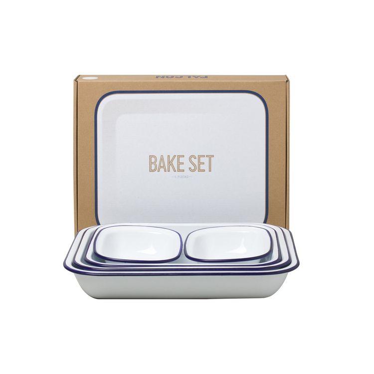 Iconic British enamelware bake set